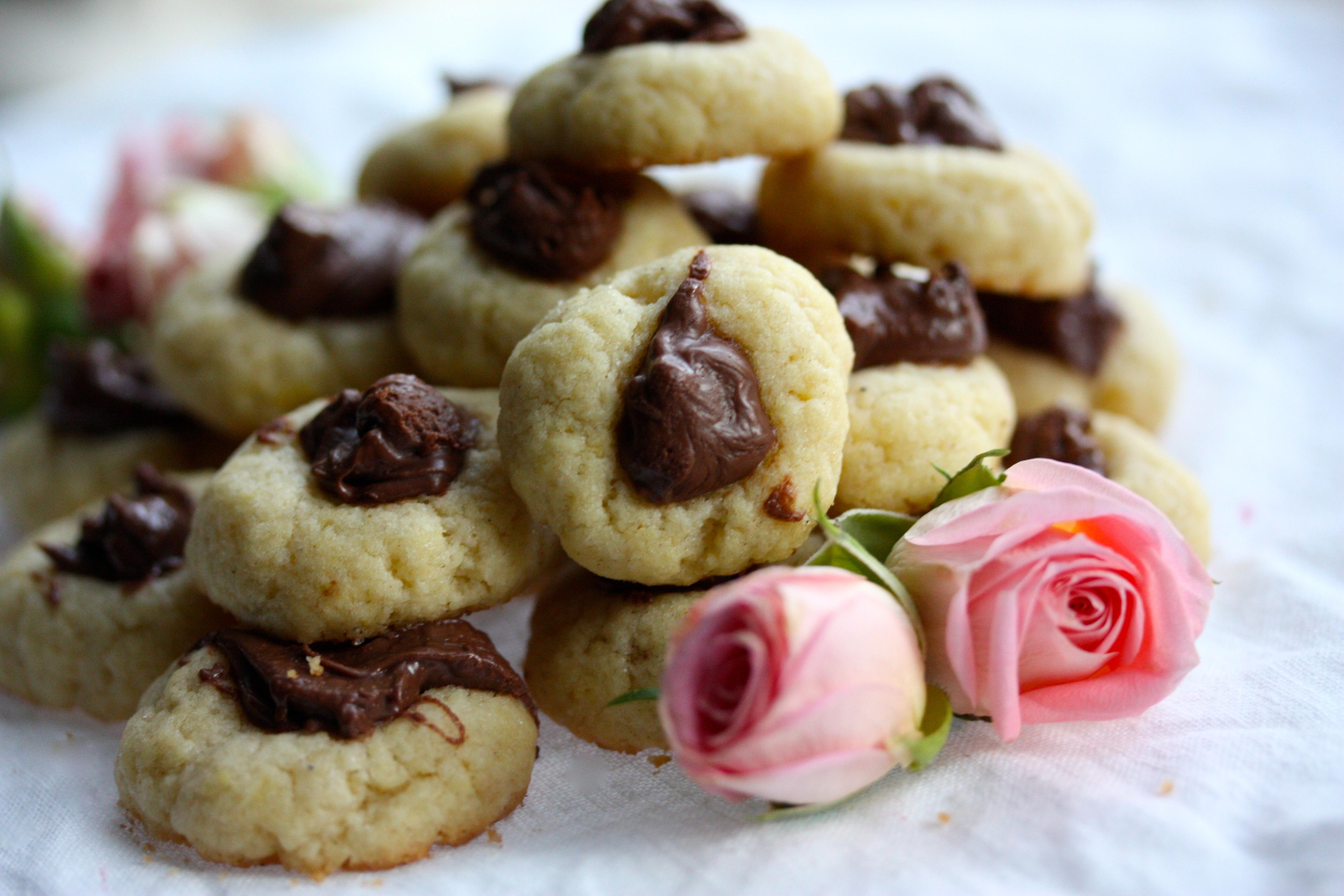 Mini Nutella Thumbprint Cookies – Mini Nutella Kakor